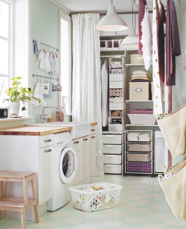 zona de lavado en una estancia amplia