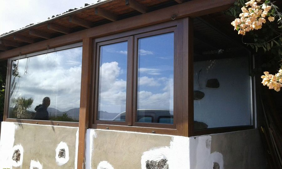 Porche pvc imitaci n madera ideas carpinter a pvc - Ventanas pvc imitacion madera ...