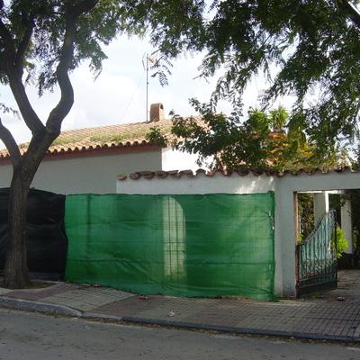 Demolición de una vivienda unifamiliar aislada en San Pedro de Alcántara, Málaga