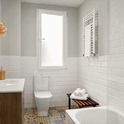 baño con mámpara