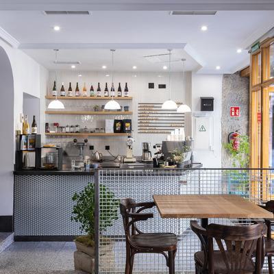 REFORMA INTEGRAL PARA FOUR CAFE, MADRID