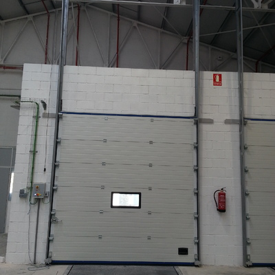 Instalación puertas seccionales, Barcelona