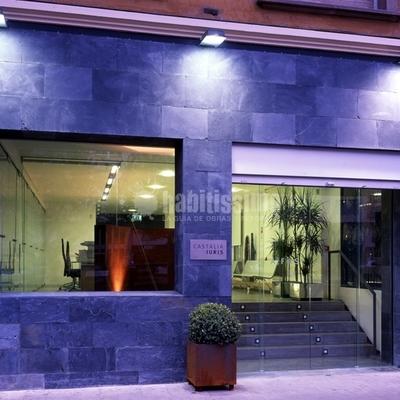 Rehabilitación integral de edificio para notaría en Castellón