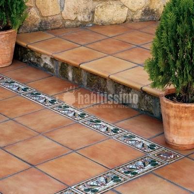 Colocación de suelo en terraza