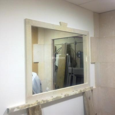 Marco de piedra para espejo