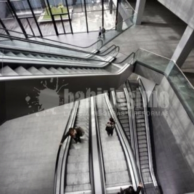 Instalación De Ascensores Y Escaleras En El Centro Termal Casa Del Agua