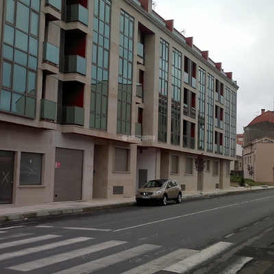 Edificio de viviendas (SS+B+3P+B.C.)38V+9V