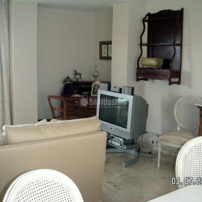 Salón vivienda clásico