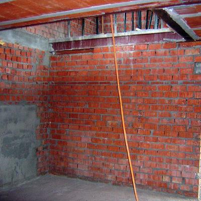 2008. Construccion de vivienda de piedra