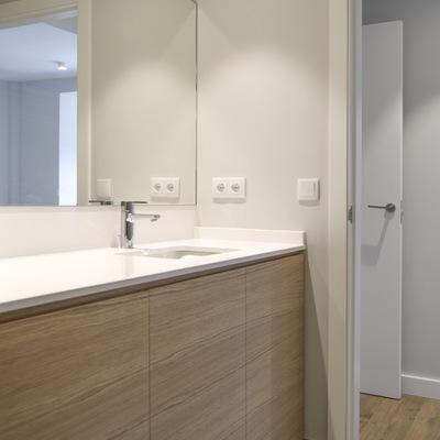 """Reforma completa """"llave en mano"""" de vivienda 120 m2 útiles (4 dormitorios)"""