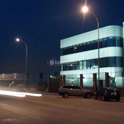 Edificio de Industria, Oficinas y Garaje