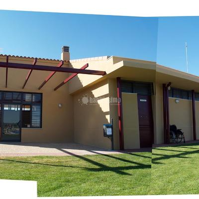 Piscina Municipal 25x12.5 y Vestuarios