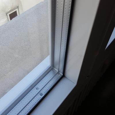 Hoja oculta triple vidrio en Barcelona
