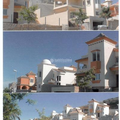 12 Chalets independientes en Benalmadena-costa en 2002