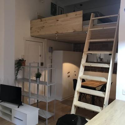 Rehabilitar  trastero como loft con altillo, pequeña vivienda.