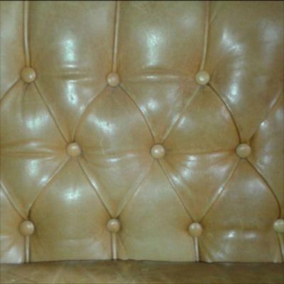 Restauración de un sofá de piel tipo Chester