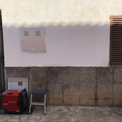 Empotrar armario de regulación de dos contadores de Gas Natural