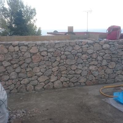 http://www.habitissimo.es/presupuestos/barcelona/castelldefels/muro-de-piedra-en-seco