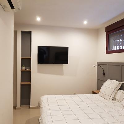 Feb. 21- Reforma Hotel 7 Habitaciones Calle Robledillo