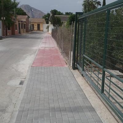Construccion de acerado ayuntamiento de Orihuela