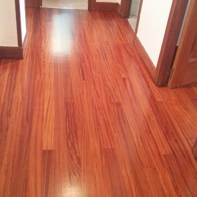 Pintar piso y acuchillado de suelo