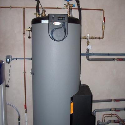 Acumulador solar 300 litros e ACS.