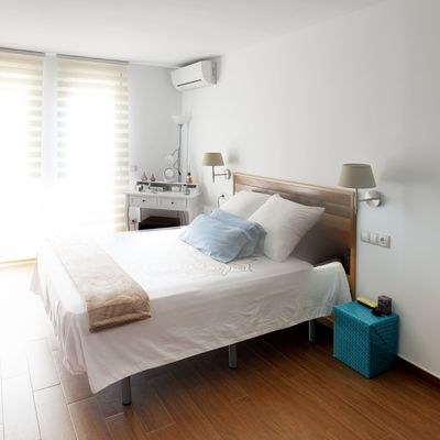 ¿Es bueno para tu salud dormir con el aire acondicionado?