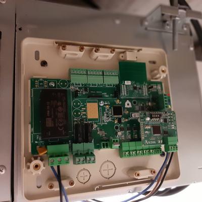 Instalación unida de conducto y rejillas y módulo airzone