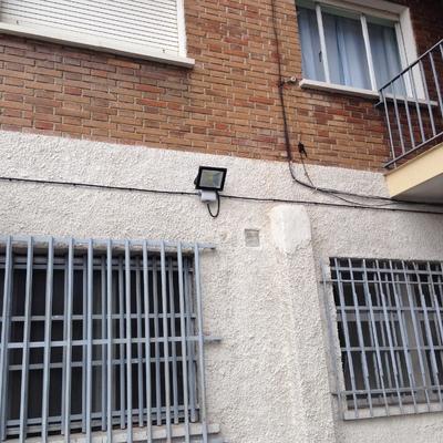 Instalación de alumbrado exterior en Comunidad de Vecinos