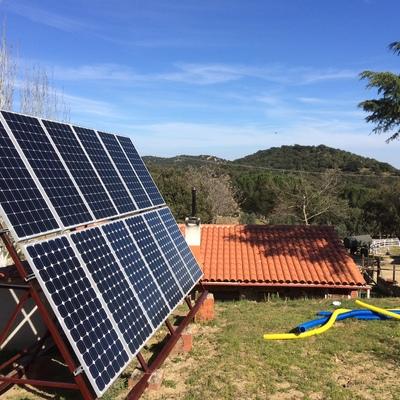 Ampliación y adecuación de instalación solar fotovoltaica aislada.