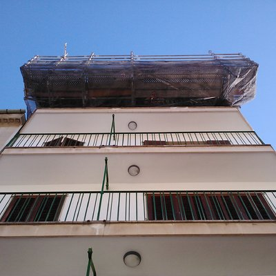 Andamio / cambiar canal y trabajos de techo, en Mallorca