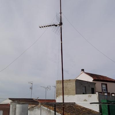 Sustitución de antena UHF por antena TDT con discriminación banda 4G