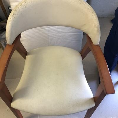 Tapizado de dos sillas