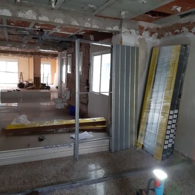 Redistribución de estancias con paredes de pladur