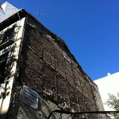 Rehabilitación de antiguo medianil en Madrid