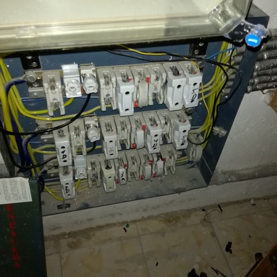 Reforma de la instalación de enlace eléctrico en edificio Calle Ovieda 30-32