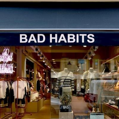 Aparador tienda Bad Habits