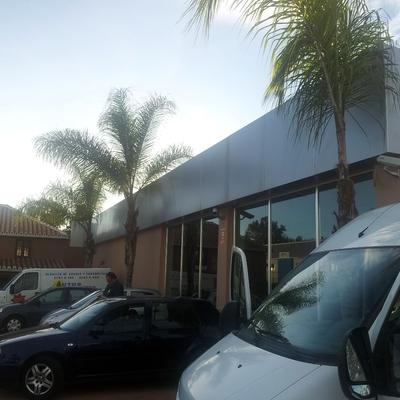 Apertura nave para alquiler, venta, reparación y mantenimiento de vehiculos.