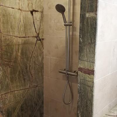 Aplacado y encimera baño