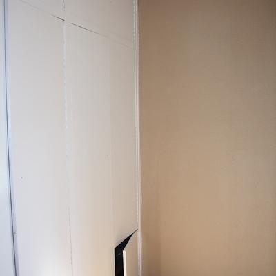 Lacado de armario en mal estado