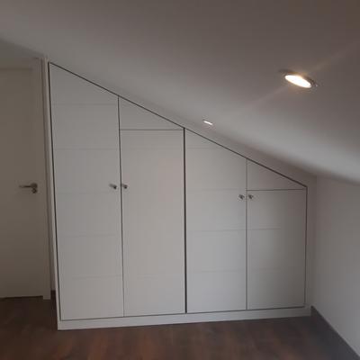 Instalacion armarios lacados blancos