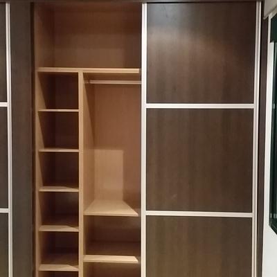 Forrar un armario por dentro amazing good papel para for Papel para forrar armarios empotrados