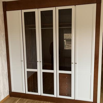 Lacado de puertas de armario. ENTRENA (LA RIOJA)