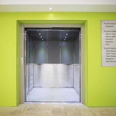 Instalación de un ascensor en Sant Feliu Llobregat