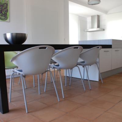 Salón cocina Port de la Selva · Diseño de interiores Barcelona