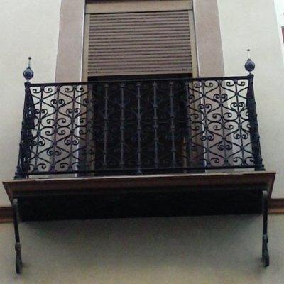 Restauración de Balcones en c/ Santa Clara, Sevilla