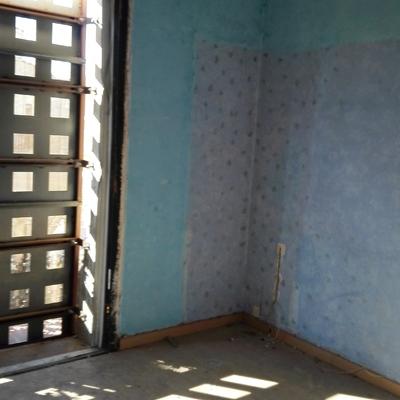 Reforma integral de piso en Calle Callao,incluye : derribos,construcción de tabiques de pladur, tabique de mahones,electricidad,paletería,carpinteria y pintura.