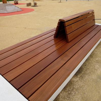 Banco hormigón y madera con respaldo
