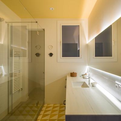 Sardenya: una vivienda que gana luz y calidad con trucos decorativos