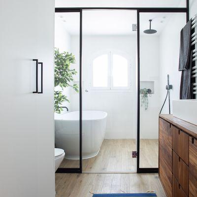 Todo lo que un baño ideal tiene que tener